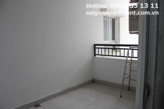 Nice apartment for rent in 4S RiverSide building, 500 USD