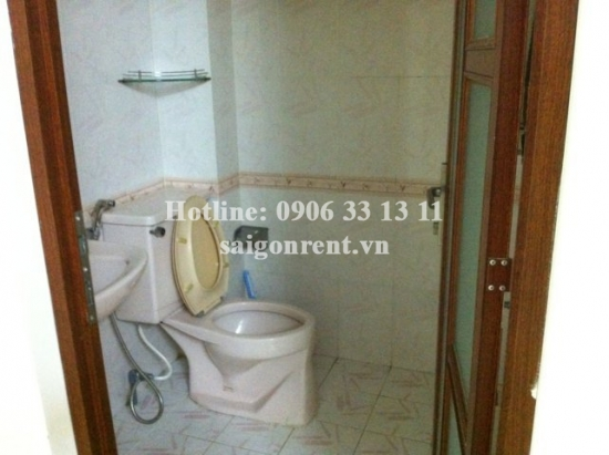 Nice house for rent in Ky Dong street, the center of District 3, 02 bedrooms 600 USD/month