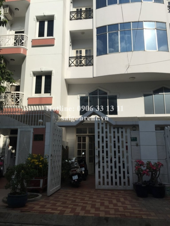 Beautiful and luxury 04 bedrooms house for rent in Nguyen Trong Tuyen street,Tan Binh District