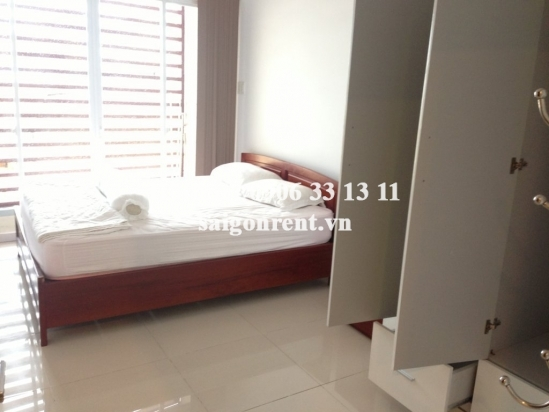Apartment for rent on Ton Dan street, District 4- 5 mins drive to Center District 1. 02 bedrooms- 530 USD