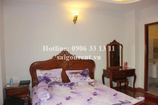 Nice house for rent in Ben Van Don street, District 4, 60sqm: 500 USD/month