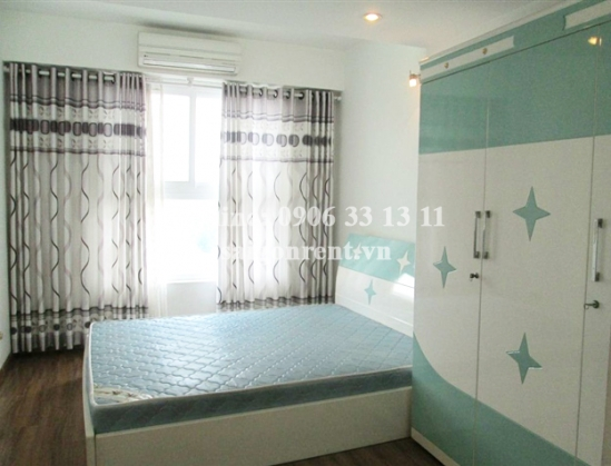 Convenient apartment for rent in Ruby Garden Building, Nguyen Sy Sach street, Tan Binh District: 650 USD