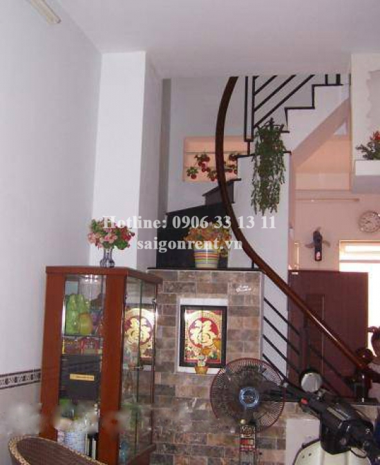 Nice house 03 bedrooms for rent in Chu Van An street, Binh Thanh District: 900 USD