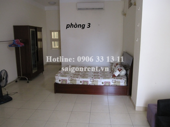 House with 04 bedrooms for rent in Le Van Sy street, District 3, 150sqm: 960 USD