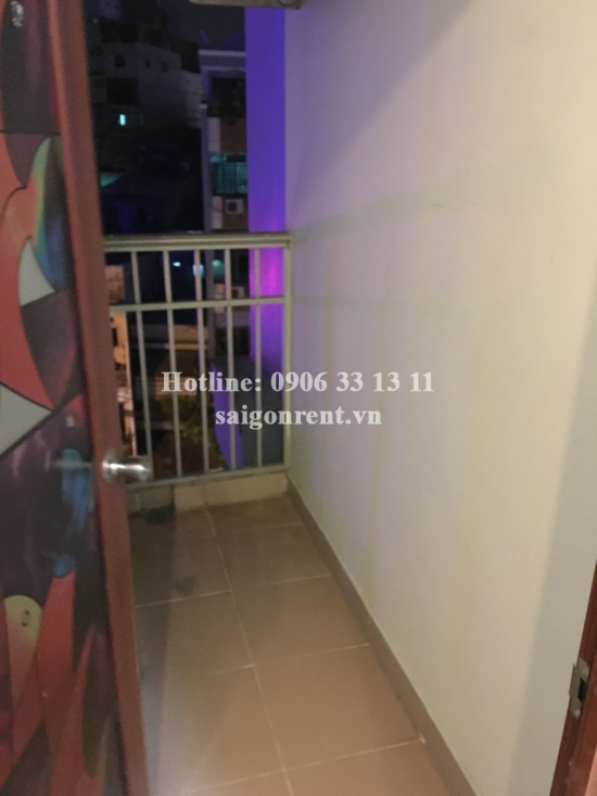Nice 2 bedrooms apartment for rent in Savimex building, Nguyen Phuc Nguyen Street, District 3, 650 USD/month