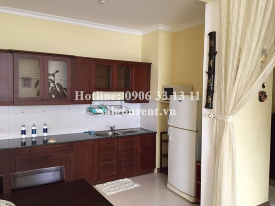 Nice 02 bedrooms for rent in Phuc Thinh building- Cao Dat street, District 5- 700 USD