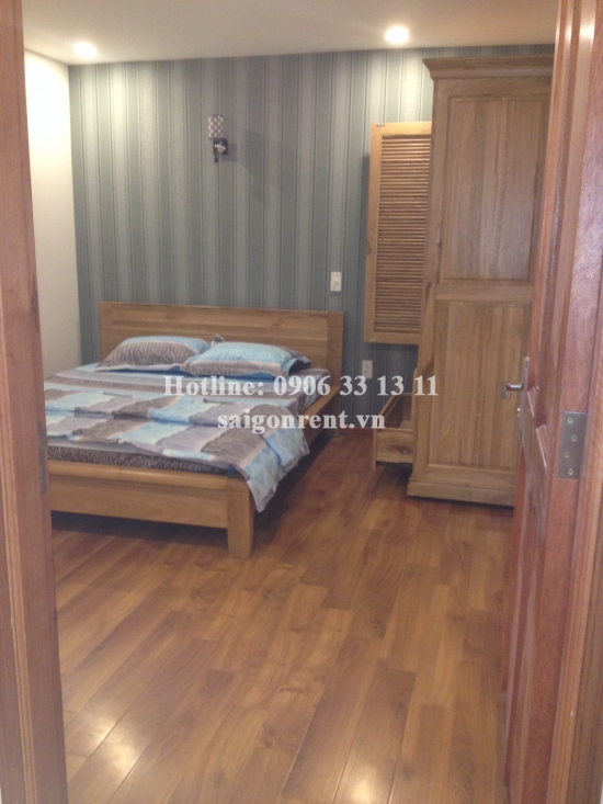 Service apartment 1 bedroom for rent on Hau Giang street, Tan Binh Distr ,50sqm: 550 USD/month