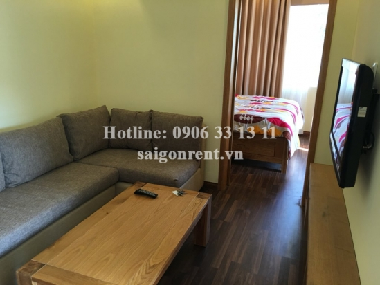 Beautiful serviced apartment 01 bedroom, living room for rent in Tran Hung Dao street, District 5-  5 mins drive to Ben Thanh maket district 1- 700 USD