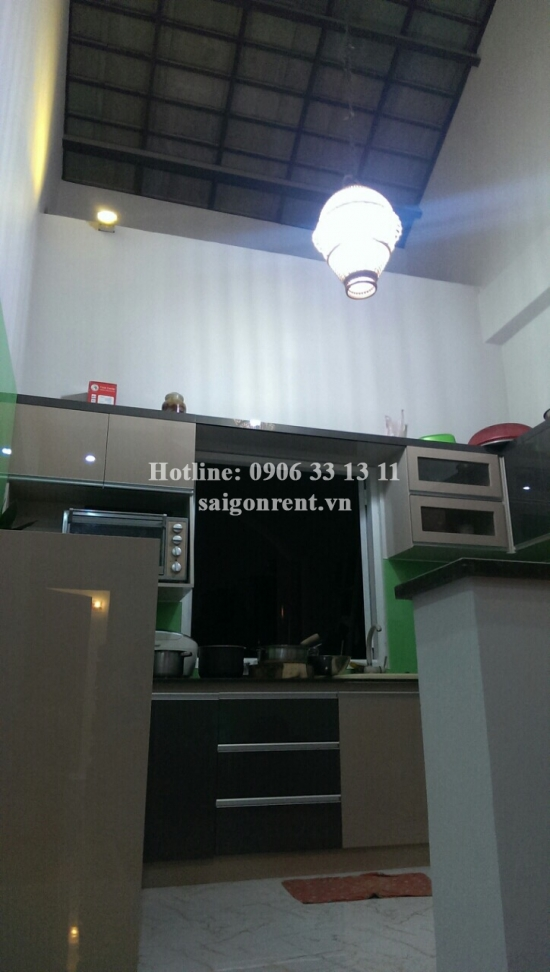 Nice house 04 bedrooms for rent on To Hien Thanh street, District 10 - 320sqm - 1400USD