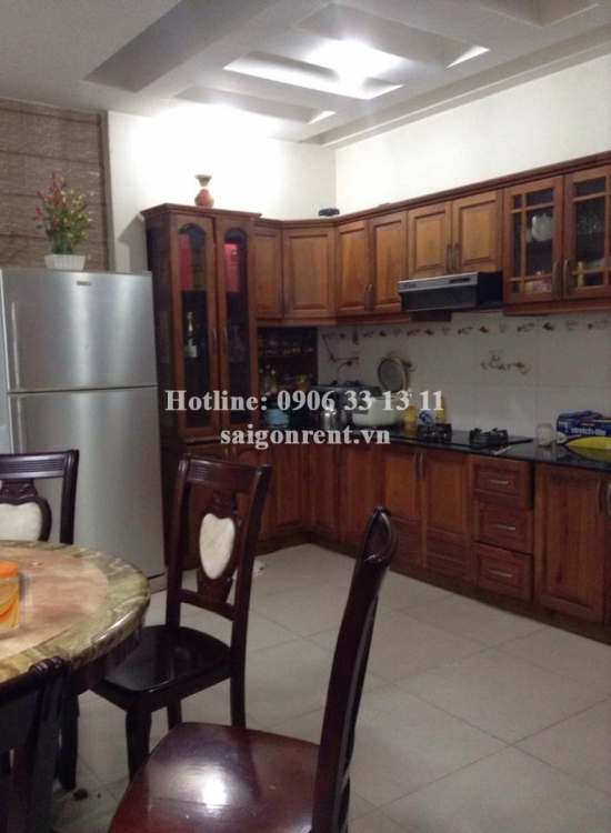 Nice house 04 bedrooms for rent on Nguyen Thien Thuat street, Ward 24, Binh Thanh district - 200sqm - 1100USD