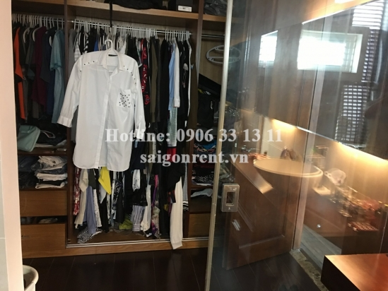Beautiful  and spacious house 5 bedrooms for rent on Tran Nao street, District 2 - 470sqm -  1350 USD