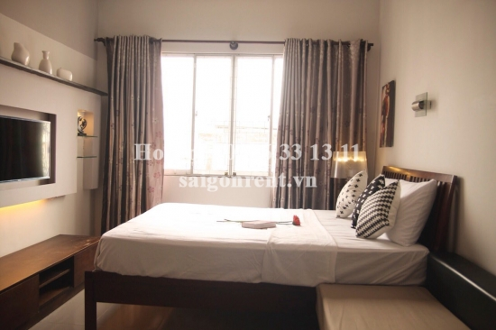 Apartment 02 bedrooms on 4th floor without elevator for rent on Cach Mang Thang 8 street, Ward 11, District 3 - 70sqm - 550 USD