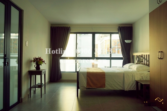 Nice serviced duplex apartment 01 bedroom with balcony for rent on Nguyen Trai street, District 1 - 60sqm - 1100USD