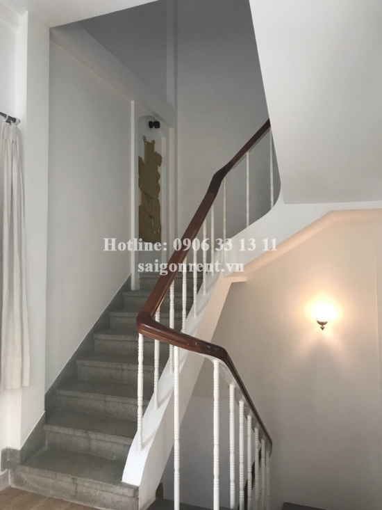 House large garden with 400sqm good for office for rent in Doan  Thi Diem street, Phu Nhuan district - 3000 USD