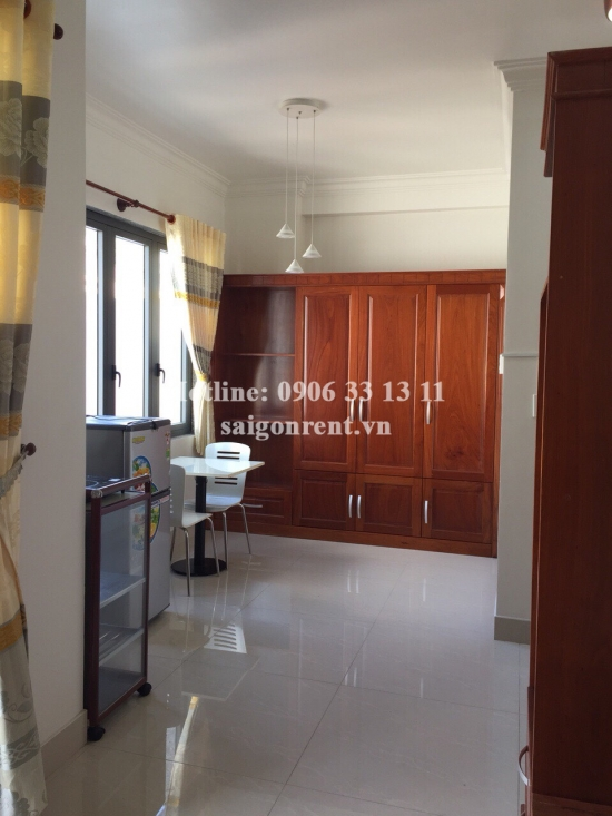 Serviced apartment 01 bedroom with balcony for rent on Hoang Hoa Tham street, Binh Thanh District - 40sqm - 330USD(7.5 Millions VND)