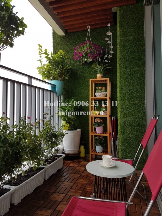 Modern apartment 04 bedrooms for rent in Riviera Point Building on  Nguyen Van Tuong street , Tan Phu Ward, District 7- 3000 USD