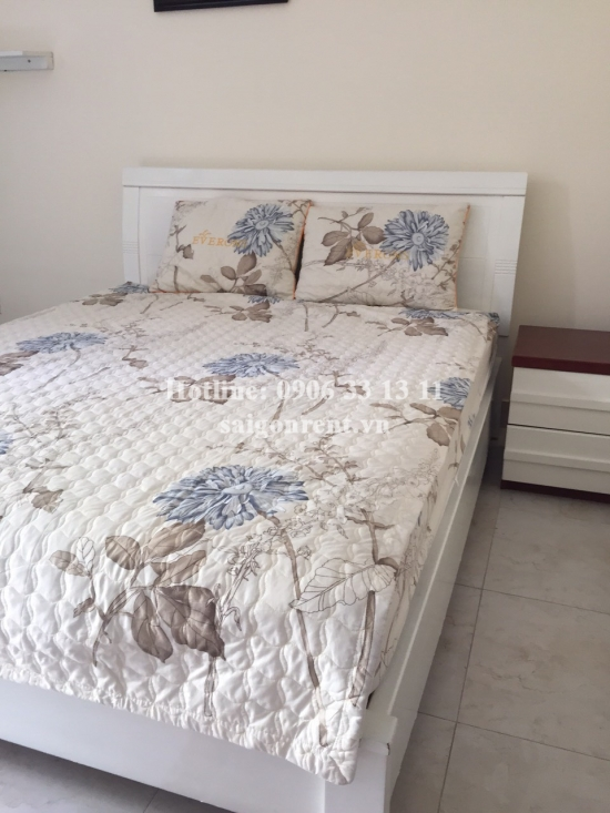 Service apartment 01 bedroom with balcony for rent on Truong Quyen street, District 3 - 38sqm - 450 USD