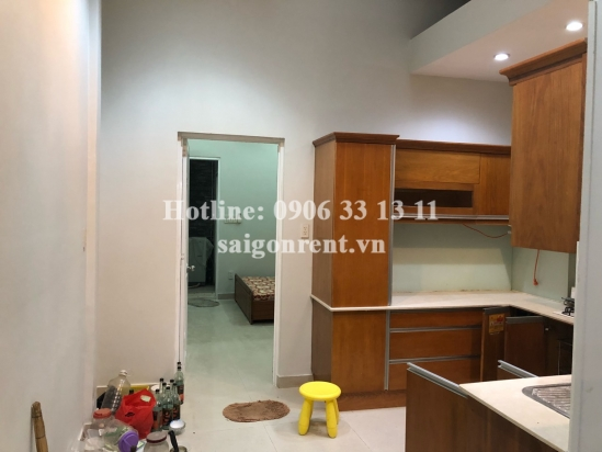 House (4x28m) 02 bedrooms for rent on Tran Dinh Xu street, District 1 - 130sqm - 750 USD