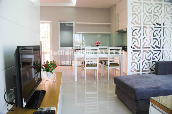 Nice serviced apartment 01 bedroom with balcony for rent on Dinh Tien Hoang street, District 1 - 80sqm - 900 USD