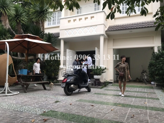Villa 03 bedrooms for rent in 90 Quoc Huong Compound on Quoc Huong street, District 2 - 450sqm - 2800 USD