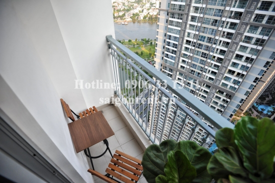 Vinhome Central Park - Apartment 03 bedrooms on 34th floor for rent on Nguyen Huu Canh street - Binh Thanh District - 87sqm - 1250 USD