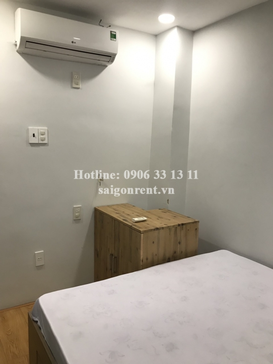 House(3.3x7m) with 05 bedrooms for rent on Bui Vien street, District 1 - 75sqm - 1300 USD( 30 miliions VND)