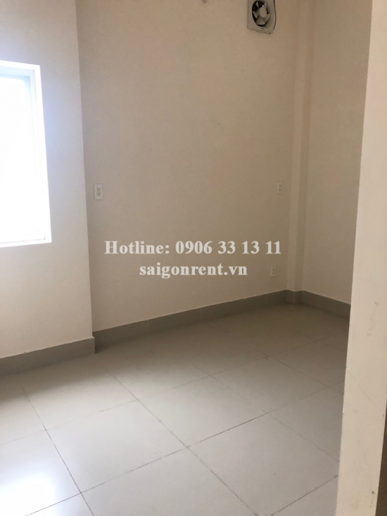 House garden - Office for rent in Ung Van Khiem street, ward 25, Binh Thanh district with 03 rooms- 100sqm- 450 USD