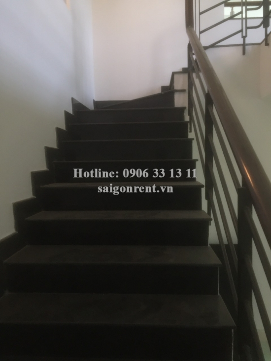 House (6mx20m) with 4th floors for rent on Duong Truc street, Binh Thanh District - 560sqm - 1300 USD( 30 millions VND)