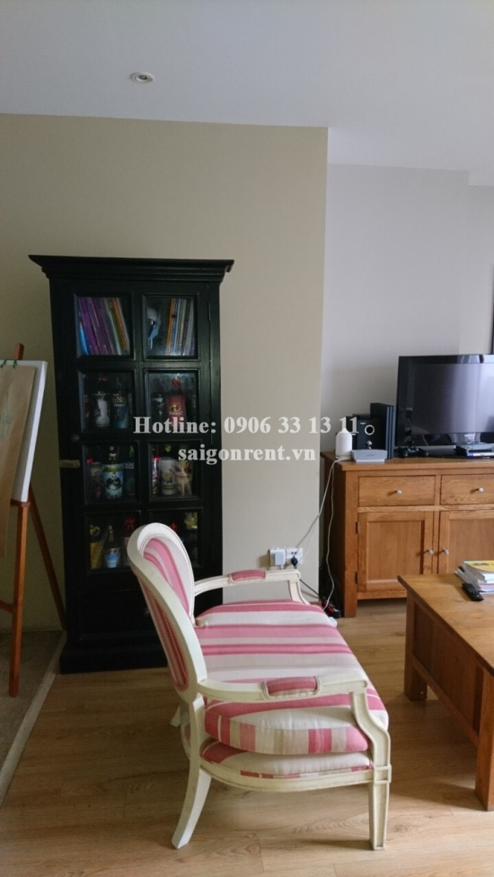 Service apartment 01 bedroom on 2nd floor for rent on Nguyen Van Troi street, Phu Nhuan District - 80sqm - 720USD