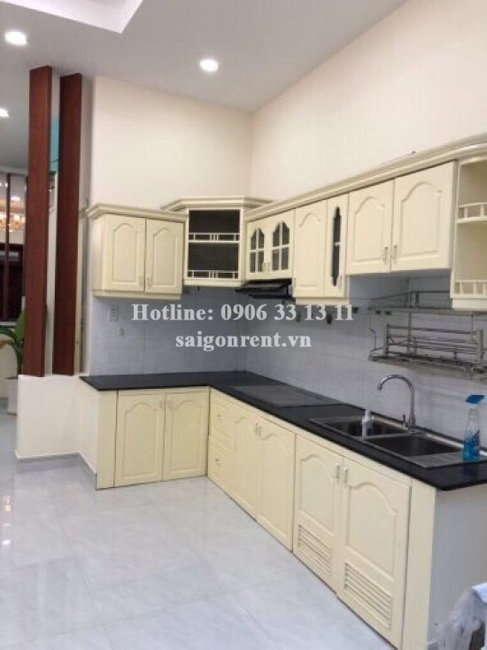 house (4,1 x 20m) with 02 bedrooms for rent on Vo Duy Ninh street, Binh Thanh District - 120sqm - 850 USD( 20 millions VND)