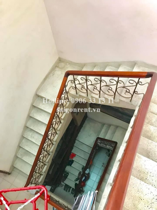 House(5x24m) with 04 bedrooms for rent on Dien Bien Phu Main street, Ward 17, Binh Thanh District - 405sqm - 2400 USD( 55 millions VND)
