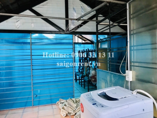 House(4.5x10.5m) with 3 bedrooms for rent on Nguyen Thi Minh Khai street, Ben Thanh Ward, District 1 - 150sqm - 1200 USD