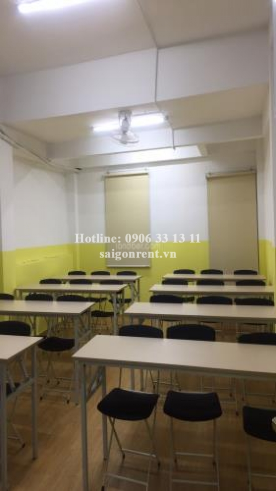 House(4x18m) with 03 floor for rent on Vo Oanh street, Binh Thanh District - 220sqm - 2600 USD( 60 millios VND)