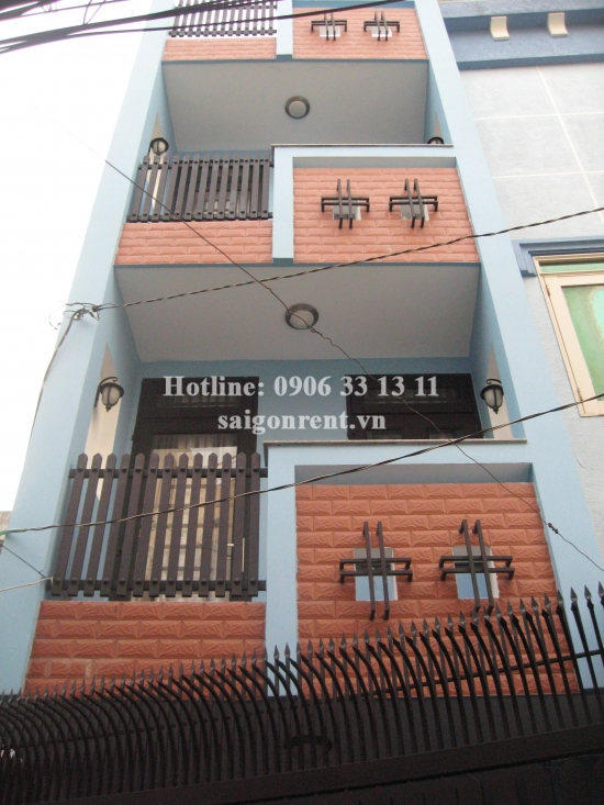 House 04 bedrooms for rent in Tran Quang Dieu street, District 3 - 150sqm - 780USD( 18 Millions VND)