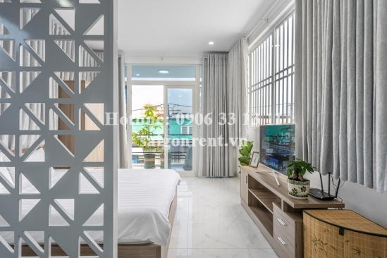 Serviced studio apartment 01 bedroom on top floor with balcony for rent on Dien Bien Phu street, District 3 - 50sqm - 650 USD( 15 millions VND)
