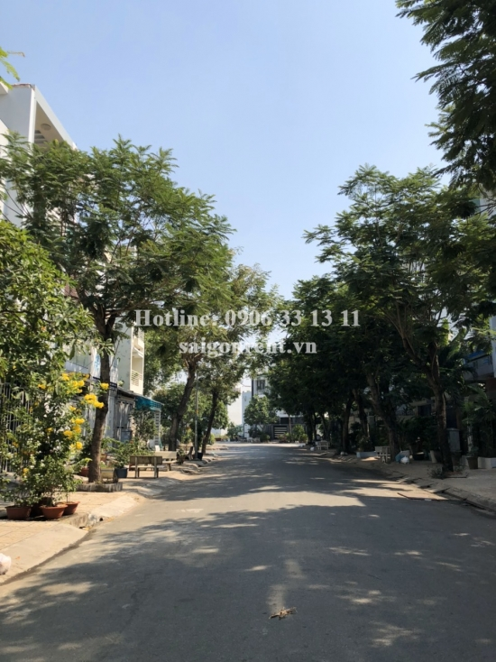 House(4x18) with 03 bedrooms for rent on number 32 Tan Quy Dong street, Tan Phong Ward, District 7 - 220sqm - 1100 USD
