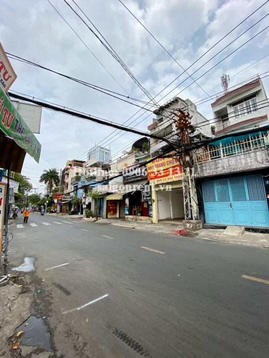 House( 3.5x13.5m) with 02 floors for rent on Nguyen Huy Luong Main street, Binh Thanh District - 95sqm - 770 USD( 18 millions VND)