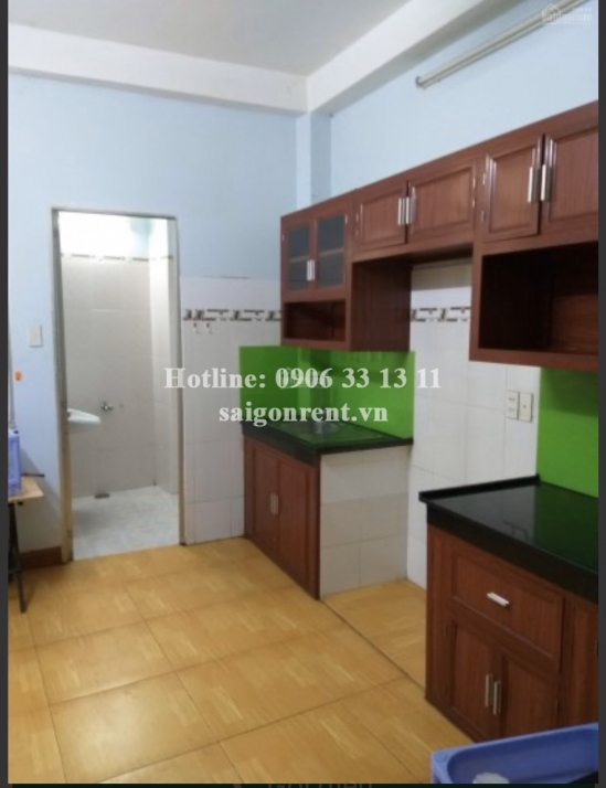 House with 03 floors for rent on Vu Tung street, Binh Thanh District - 150sqm - 750 USD( 18 millions VND)
