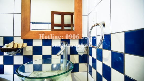 Apartment studio 01 bedroom with balcony for rent on Cach Mang Thang 8 street, District 3 - 30sqm - 500USD