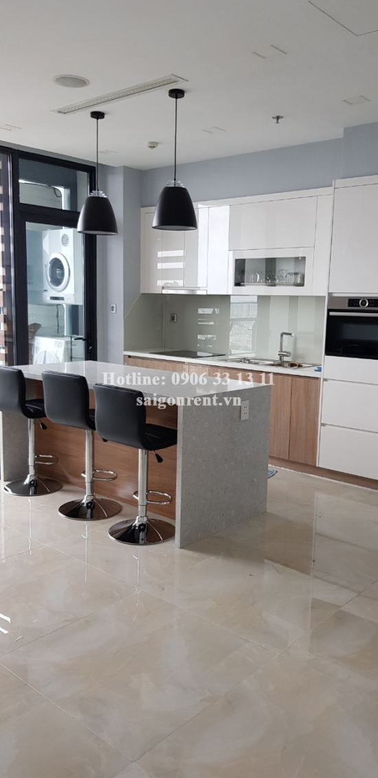 Vinhomes Gloden River Building - Nice apartment 03 bedrooms on 27th floor for rent on Ton Duc Thang Street, District 1 - 110sqm - 2000 USD