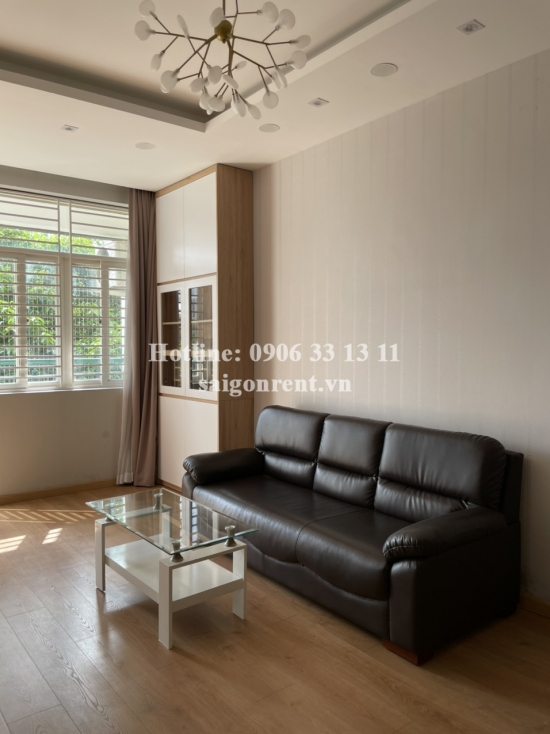 Beautiful and fully furnished 02 Bedrooms for rent on 312 Lac Long Quan building -  District 11-  500 USD